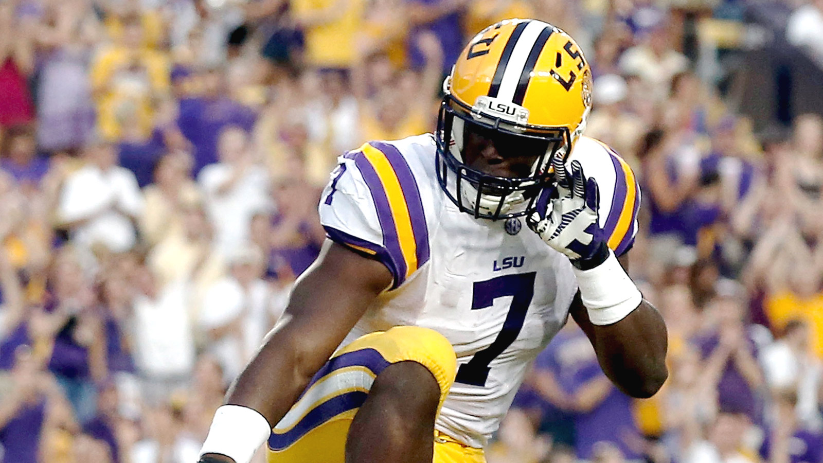 BATON ROUGE, LA - SEPTEMBER 06:  Leonard Fournette #7 of the LSU Tigers reacts to a touchdown during the first quarter against the Sam Houston State Bearkats at Tiger Stadium on September 6, 2014 in Baton Rouge, Louisiana.  (Photo by Stacy Revere/Getty Images)