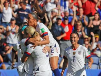Carli Lloyd, Julie Ertz and the US defeat Chile